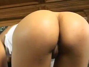 Big Butt Ebony Slut Getting Fucked