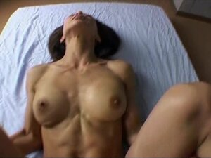 japanese fit muscular milf