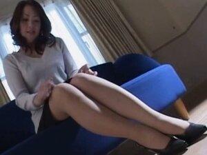 Amazing Japanese mature chick fucks part6