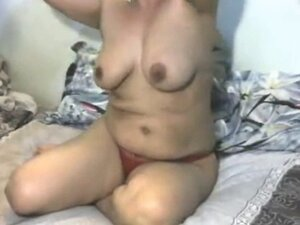 Indian Mature Mom blowing Young Neighbour's Stud
