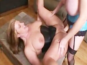 Bbw Zoey And Amber Lesbian Strapon Amater