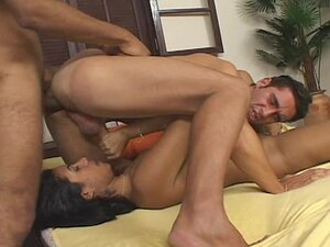 Guys go anal in bisexual threesome
