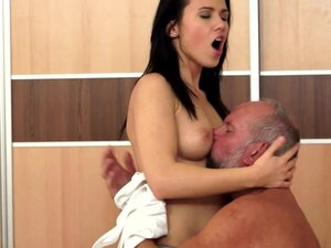 Denise Sky gets her pussy licked and pounded by a