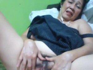 Filipino granny 58 fucking me stupid on cam