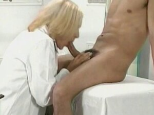 Hot doctor finds a hot man for fuck - Summer Nite