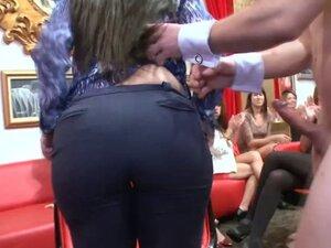 Cock sucking cfnm babes