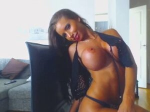 Sexxy Brunette Babe Strips Off Top & Massages