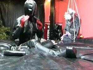 Masken und knebel - Scene 2