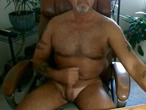 Hot dad home alone jerking, Hot dad home alone