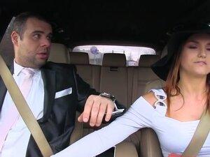 Barbara Bieber, Martin Gun in Ride U -