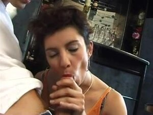 Hawt bar room fuk and anal,