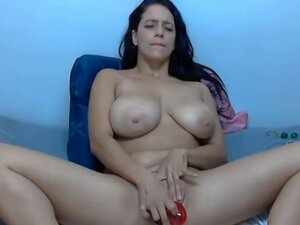 BIG TITS SQUIRT TOES EVERYTHING