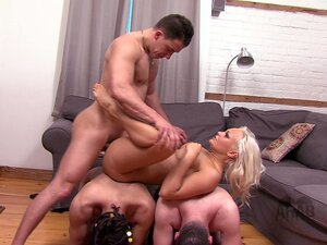 American mistress with her two cuckold Arab