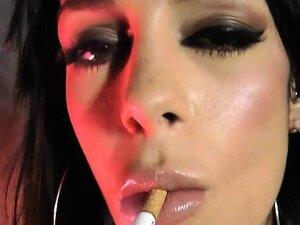 Angelina Valentine Smoking while Fucking Herself