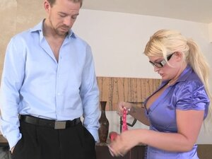 Bigbooty CFNM babe doggy styled before blowjob