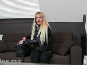 Casting HD Slender blond bonks in auditions,