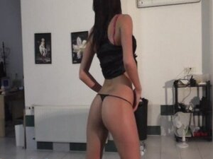 Girl with perfect butt lapdances