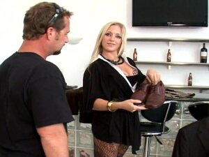 Incredible Dia Zerva Gets Fucked Doggystyle In A