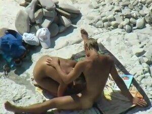 Blow Job on the beach,