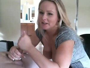 Delicious blonde wants to play with an unbreakable