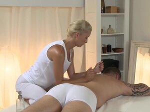 Martin & Uma in Uma On Martin - MassageRooms, Uma