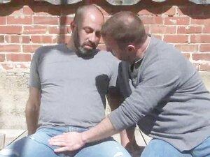 Bear Couple Outdoor Hot Fuck