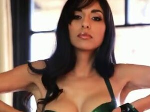 Latin Chick latex swimsuit plays with sex tool,