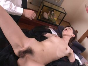 Oiled up skinny hooker Hanai Kanon gets her hairy