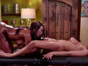 TwoHorny Ebony Lesbians licks each others pussies