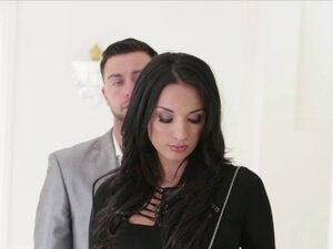 Anissa Kate blows a huge cock before getting