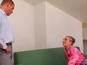 Pungent sweetheart nicol gets pink putz drilled