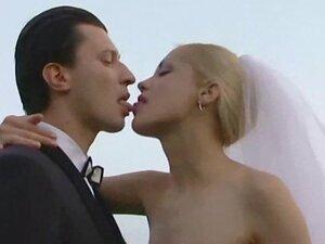 groupsex - Blonde Wedding