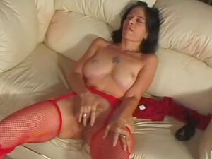 Cock cums on her hairy mature pussy
