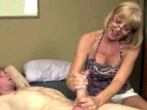 Cum loving granny in spex blasted with cum