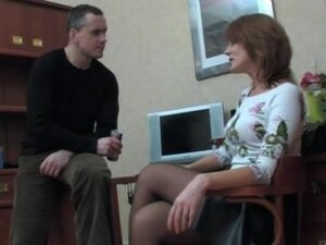 Mature secretary lets lucky guy fuck her at the
