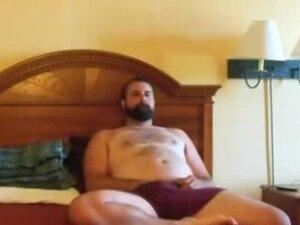 Paja De Oso Barbudo - Bearded Bear WankS In Bed