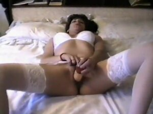 solo girl dildo and fingers