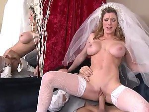 Horny Bride Gets Fucked Hard By Well Hung Shop