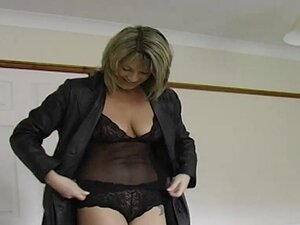 Hawt daring flashing outdoor mother i'd like to