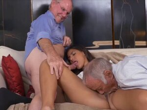 Horny hottie chick Victoria Valencia getting her