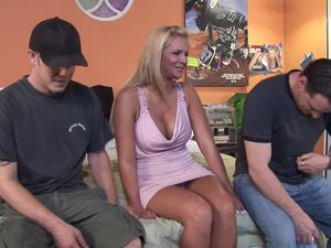 Phoenix Marie craves huge dicks